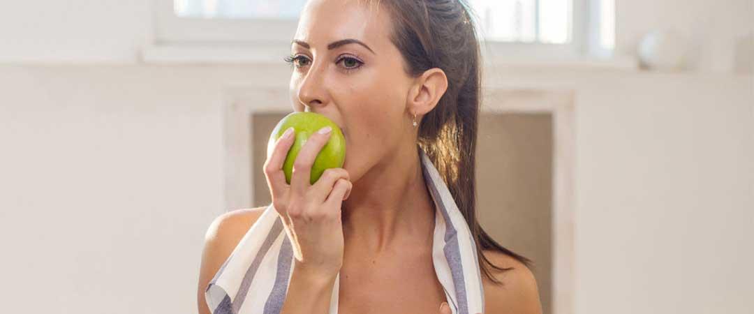 Πώς να τρώμε σωστά, κάνοντας παράλληλα οικονομία. Πρακτικές συμβουλές που μας λύνουν τα χέρια